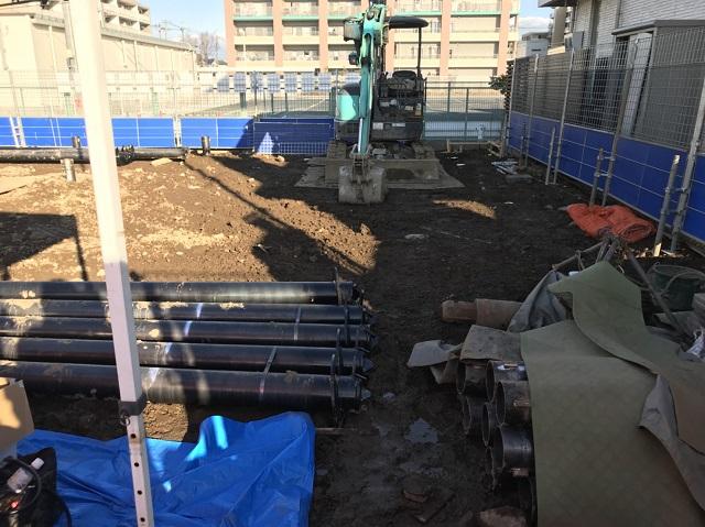 船橋総合住宅展示場にある建設中のヘーベルハウス