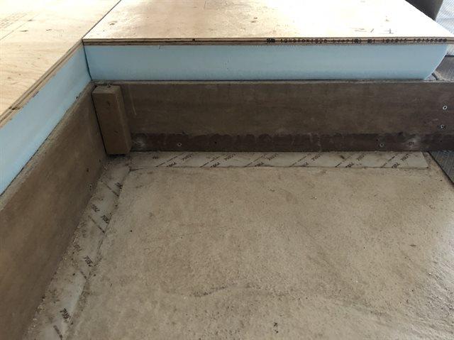 ヘーベルハウスの床の断面図